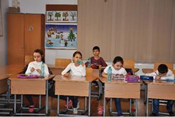 BUCOVINA DA O MANA DE AJUTOR COPIILOR DIN CENTRUL EDUCATIV AFTERSCHOOL CLINCENI